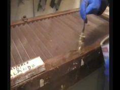 Tutorial sul Restauro, come sverniciare i mobili in legno