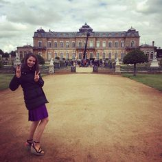 With @genevieve_gaunt at Wrest Park on #TheRoyals season two.