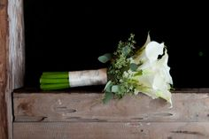 I thought this bouquet was beautiful and adding baby's breath with the seeded eucalyptus would be a great balance in my opinion.