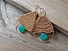 Items similar to As Seen at GBK's 2014 MTV Movie Awards Press Gift Lounge: Green Onyx Teardrop Earrings on Etsy – Diy Jewelry İnspiration Diy Jewelry Rings, Wire Jewelry, Jewelry Crafts, Beaded Jewelry, Jewellery, Gold Bar Earrings, Bead Earrings, Teardrop Earrings, Mtv Movie Awards