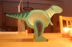Dino lantern - that makes you happy - Paper Games Diy For Kids, Gifts For Kids, Paper Games For Kids, Chinese Lamps, Halloween Games, Plate Crafts, T Rex, Are You Happy, Diy And Crafts