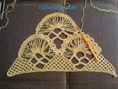 HOBİ DÜNYASI: gelin şalı netten alıntı. Crochet Chart, Crochet Top, Beautiful Crochet, Knit Patterns, Tree Branches, Shawl, Diy And Crafts, Crochet Earrings, Art Pieces