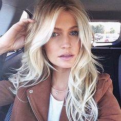My hair color creation ❤️ Lived in color™ Love Hair, Great Hair, Gorgeous Hair, Balayage Blond, Corte Y Color, Hair Color And Cut, Hair Colour, Pinterest Hair, Hair Affair