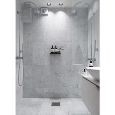 banyo Double Shower Design Ideas as if Bath Under Heavy Rain – Kitchen Remodeling Ba Bathroom Renos, Laundry In Bathroom, Budget Bathroom, Bathroom Renovations, Bathroom Interior, Modern Bathroom, Small Bathroom, Shower Bathroom, Bathroom Goals