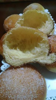 Virgilio Community - Page Not Found Beignets, Donut Recipes, Dessert Recipes, Cooking Recipes, Italian Desserts, Italian Recipes, Quick Easy Meals, Sweet Recipes, Bomboloni