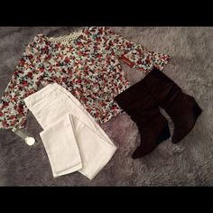 Floral top with white jeans. Brand new white skinny jeans and floral top with tags. No Boundaries Jeans Skinny