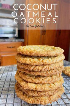 Oat Cookie Recipe, Oatmeal Coconut Cookies, Coconut Flour Cookies, Ginger Cookies, Homemade Oatmeal Cookies, Oat Cookies, Sandwich Cookies, Coconut Desserts, Coconut Recipes