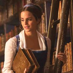 Disney's Beauty and the Beast - Emma Watson!!