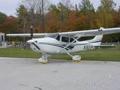 Photo of Cessna Skylane - FlightAware Cessna Aircraft, Airplane Painting, Airplane For Sale, Private Plane, Paint Schemes, Helicopters, Pilots, Airplanes, Fighter Jets