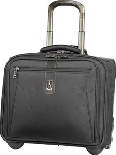perfect for a short business trip i use mine all of the time - London Fog Luggage