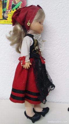 Muñecas Nancy y Lucas: antigua muñeca nancy regional de famosa - Foto 7 - 73690243 Paraiso Natural, Girls Dresses, Flower Girl Dresses, Folklore, Regional, Spain, Doll, Wedding Dresses, Sweet