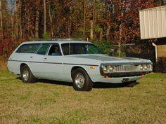 1973 Dodge Coronet 9 passenger wagon, 318 2bbl V8/727 3sp auto/8 3/4 HD axle