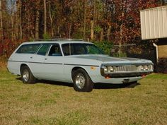 Family car from the 70's with a hemi!