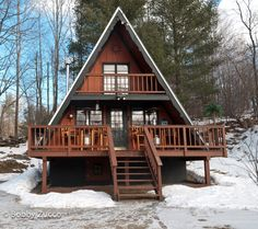 A-frame Vermont - - Tiny House Cabin, Tiny House Design, Cabin Homes, Log Homes, A Frame House Plans, A Frame Cabin, Triangle House, Roof Design, Cabins In The Woods
