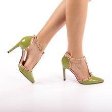 Női szandál Kalapod Pumps, Heels, Fashion, Heel, Moda, Fashion Styles, Pumps Heels, Pump Shoes, High Heel