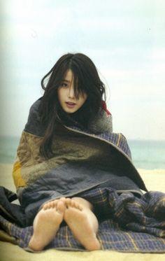 IU - snuggled in a blanket on the beach. She's so cute. Korean Star, Korean Girl, Asian Girl, Korean Celebrities, Celebs, Style Ulzzang, Ulzzang Makeup, K Idols, Korean Singer