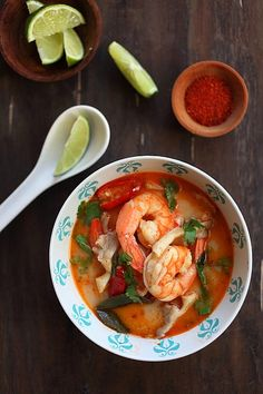 Top down view of delicious Tom Yum Soup with shrimp and mushroom, a delicious Thai recipe, laid in a bowl. Thai Recipes, Seafood Recipes, Asian Recipes, Soup Recipes, Cooking Recipes, Cooking Tips, Recipies, Easy Delicious Recipes, Healthy Recipes