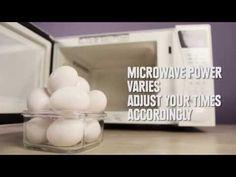 Utilizzate il microonde in cucina? Se sì, solo per scongelare e poco altro, oppure è uno dei vostri più fedeli alleati dietro i fornelli? Io, ad esempio, lo uso molto per la cottura a vapore e anche p