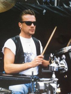 LM Achtung Baby, Paul Hewson, Irish Rock, Larry Mullen Jr, Bono U2, Adam Clayton, U 2, Soundtrack To My Life, Looking For People