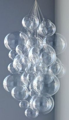 DIY Bubble Chandelier, PERFECT for your beach or mermaid decor.