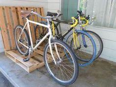 Rack à vélo en palettes • Hellocoton.fr