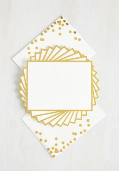 Share your thoughts with your long-distance darling or a dear friend using these kate spade new york notecards! Gold-foiled edges and confetti-dotted envelopes present your memo with classy panache, while stock-weight correspondence cards make your message one worth displaying.