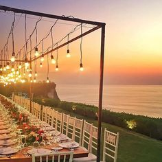 Destination Wedding Event Planning Ideas and Tips Floating Lanterns Wedding, Lantern Wedding, Perfect Wedding, Dream Wedding, Spring Wedding, August Wedding, Luxury Wedding, Wedding Photo Pictures, Party Pictures