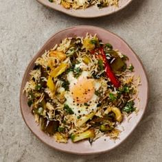 Yotam Ottolenghi's favourite rice recipes | Food | The Guardian Garlic Recipes, Curry Recipes, Rice Recipes, Raw Food Recipes, Vegetarian Recipes, Cooking Recipes, Healthy Recipes, Cooking Ideas, Dump Recipes