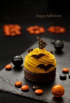 Chocolat Halloween, Halloween Sweets, Halloween Baking, Halloween Cookies, Fun Cupcakes, Cupcake Cakes, Dessert Decoration, Easy Cookie Recipes, Sweet Cakes