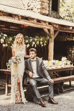 Le Chateau bridal gown | Boho Wedding Theme with gorgeous Flowers