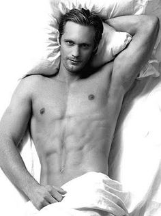 """Alexander Skarsgard, 6'4"""" Swede. Yes, please... doesn't help that he is a very sexy vampire in True Blood!!!"""