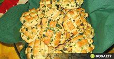 Medvehagymás-vajas pogácsa recept képpel. Hozzávalók és az elkészítés részletes leírása. A medvehagymás-vajas pogácsa elkészítési ideje: 60 perc Cauliflower, Dairy, Cheese, Vegetables, Food, Cauliflowers, Essen, Vegetable Recipes, Meals