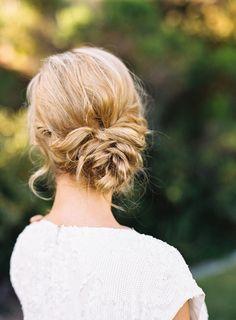 Elegant Updo Wedding Hairstyles - MODwedding Photo: Jen Wojcik Photography