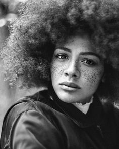 shot by @agataserge    Muse: (@julia.dalia) Afro hair. Frizzy hair. Kinky hair. Natural hair. Afro. Freckles. Afro textures. Texture close up.