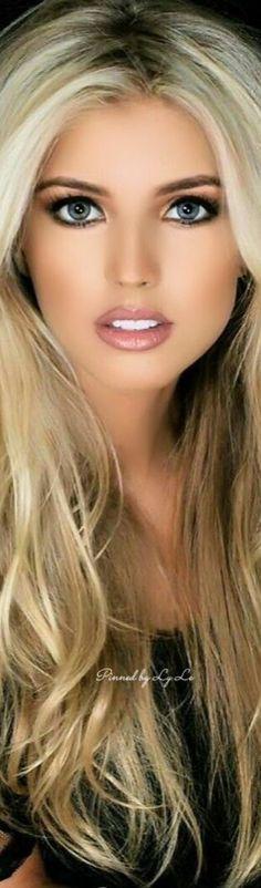Photos of beautiful girls Girl Face, Woman Face, Blonde Beauty, Hair Beauty, Gorgeous Women, Most Beautiful, Absolutely Gorgeous, Portrait Photos, Portraits