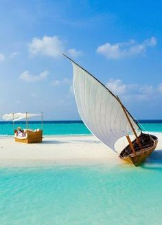 Travel to Maldives, set sail and arrive at a private beach with my husband!