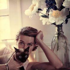 "patrickhumphreys:  ""Carol McCallson, photographed by Francesco Scavullo, 1952.  """