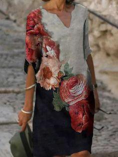 Ladies casual V-neck printed short sleeve dress - realyiyi.com 50 Fashion, Womens Fashion Online, Latest Fashion For Women, Fashion Dresses, Vestidos Vintage, Vintage Dresses, Cardigan Long, Lady V, Summer Dresses For Women