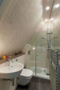 Modern Attic Bathroom Design Ideas 10