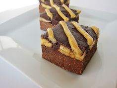 Fragrant Vanilla Cake: Raw Banana Peanut Butter Brownies
