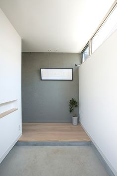 REF | 注文住宅なら建築設計事務所 フリーダムアーキテクツデザイン Modern Entrance, Japanese Interior, Stone Flooring, Home Renovation, Beautiful Homes, Home Goods, New Homes, Indoor, House Design