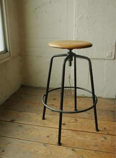sutto high stool