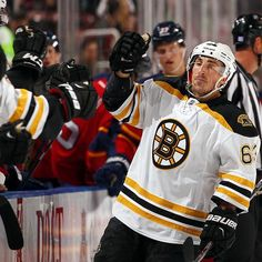 On Monday, the NHL announced that Brad Marchand had been named the first star of the week for the week ending Nov. 1. Marchand posted six points last week (4-2=6) with a plus-three rating, including three consecutive two-point games against Arizona on October 27, Florida on October 30 and Tampa Bay on October 31.  Marchand's two goal performance against the Panthers in Sunrise included the team's game-winner. #NHLBruins