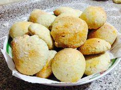 Pan dulce de piñones y leche