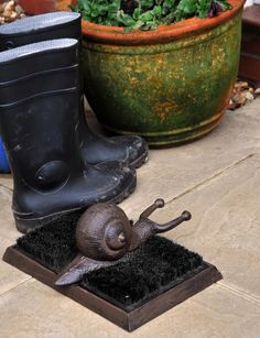 Rustic Snail Boot Brush and Boot Jack - Boot Brushes - Boot Accessories - Garden & Outdoor Living - Catalogue | Black Country Metal Works