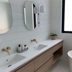 Home Interior Cuadros Brunswick Kit Kat Matt White Tile.Home Interior Cuadros Brunswick Kit Kat Matt White Tile House Bathroom, White Tiles, Bathroom Interior, Bathrooms Remodel, Laundry In Bathroom, Bathroom Design, Deep Clean Bathroom, White Bathroom Tiles, White Bathroom