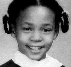 Young Whitney Houston. Same cute face as when she was older.