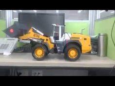 Bruder Liebherr Wheel Loader Remote Controlled / Construction Machine toys