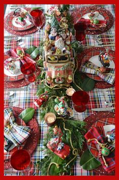 Part of the fun of dining out is the table setting. And you expect it to be really good. So, Copy These Awesome Christmas Table Ideas. And have the same, experience and fun at home, as being at a five-star restaurant. Except that,You get the pleasure of having created it yourself. Merry Christmas and Bon Appetite.