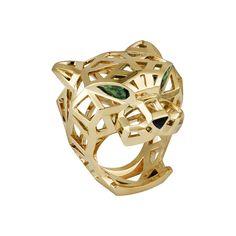 La Bague Panthère de Cartier en or jaune 18 carats, grenats tsavorite, onyx. Jewelry For Her, Jewelry Art, Jewelry Rings, Fine Jewelry, Jewellery, Women's Rings, Panther Ring, Cartier Panthere, Cartier Jewelry